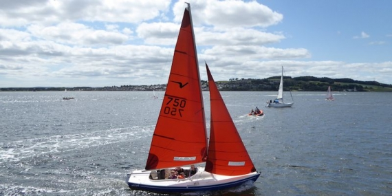 Sailing at Broughty Ferry