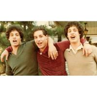 Cine Sunday: Three Identical Strangers Image
