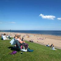 Broughty Ferry Beach Image