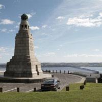 Dundee Law Image