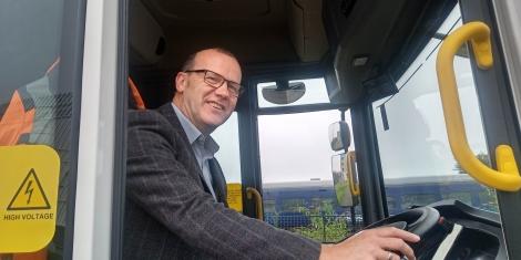 Electric bin lorries Image